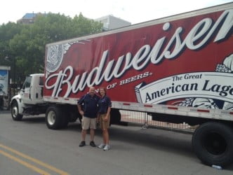 Party mood slowed cyclists on journey to Des Moines; bars vow not to run out of beer